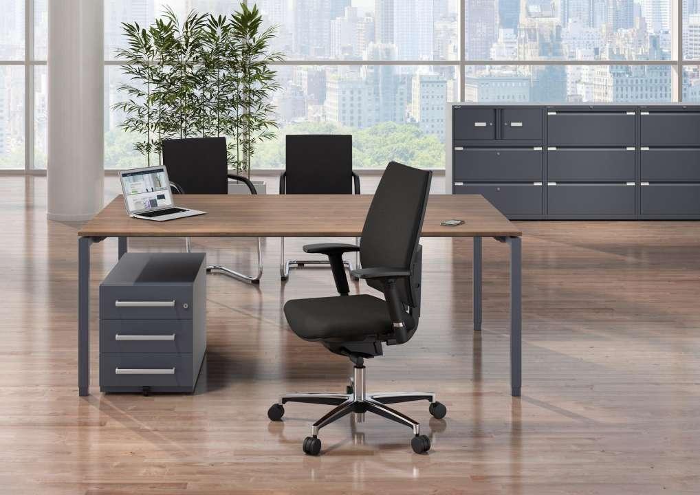 """Großartig Schreibtisch Mit Rollcontainer Sammlung Von Bisley Sparset """"boss-bundle"""" - + + Bürostuhl"""